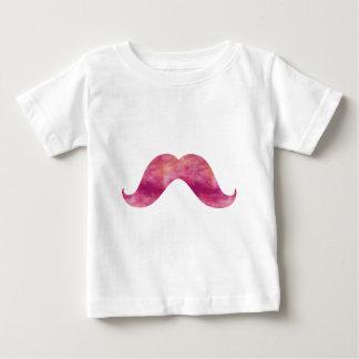 Design cor-de-rosa dos bigodes da aguarela da tshirt