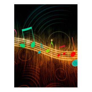 Design das notas musicais cartão postal