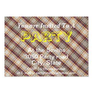 Design diagonal vermelho branco do tecido da convite 12.7 x 17.78cm