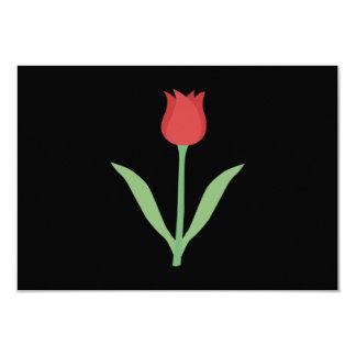 Design elegante da tulipa no preto convite personalizado