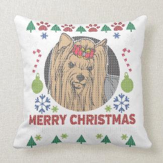 Design feio da camisola do Feliz Natal de Yorkie Almofada