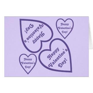 Design feliz roxo dos corações do dia dos cartão comemorativo