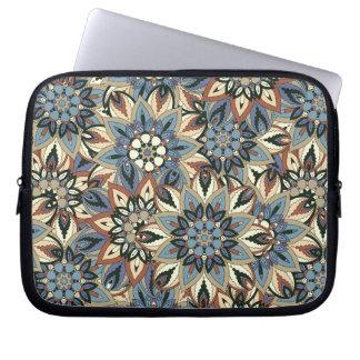 Design floral do teste padrão do abstrato da capa para computador