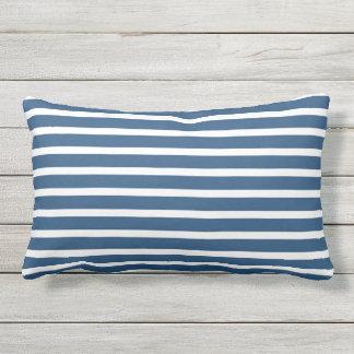 Design náutico clássico da listra branca azul almofada lombar