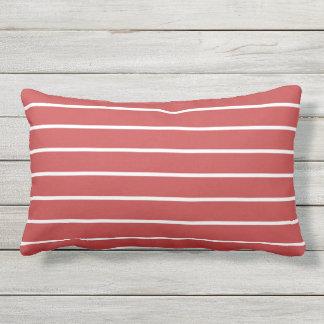 Design náutico clássico da listra branca vermelha almofada lombar