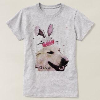 Design subtil do cão da camiseta das mulheres