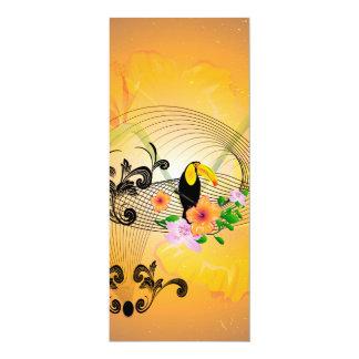 Design tropical com toucan e as flores convite 10.16 x 23.49cm