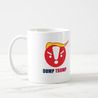 Despeje a caneca de Emoji do trunfo/o copo brancos
