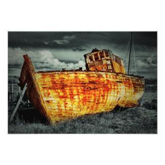 Destruição do barco impressão de foto