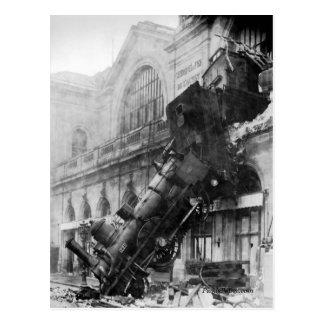 Destruição do trem no cartão de Montparnasse