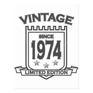 Dia 1974 do nascimento do vintage t limitado cartão postal