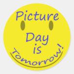Dia da imagem adesivo em formato redondo