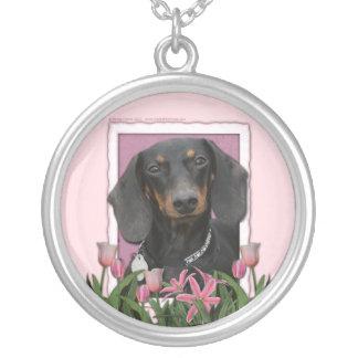 Dia das mães - tulipas cor-de-rosa - Dachshund - Colar Com Pendente Redondo