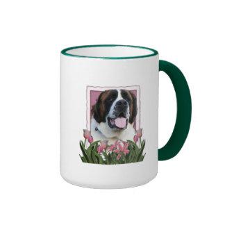 Dia das mães - tulipas cor-de-rosa - St Bernard - Caneca Com Contorno