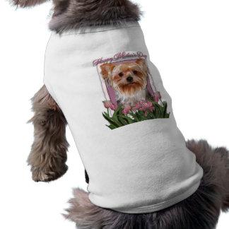 Dia das mães - tulipas cor-de-rosa - yorkshire ter camiseta para caes