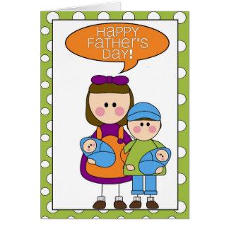 dia dos pais feliz (gêmeos do cartão comemorativo