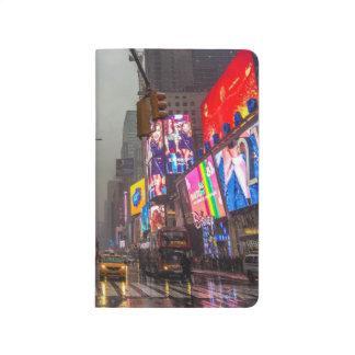 Diário Times Square chuvoso