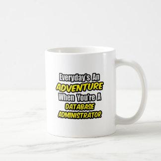 Diário um administrador de base de dados da caneca de café