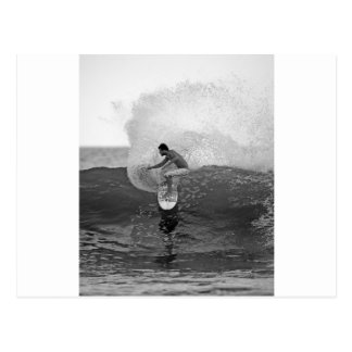 Dinamarquês Reynolds do surfista que surfa El Salv Cartoes Postais