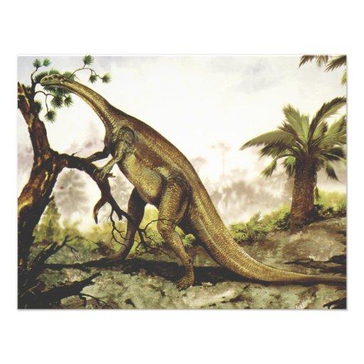 Dinossauro do Plateosaurus do vintage que pasta em Convite Personalizado