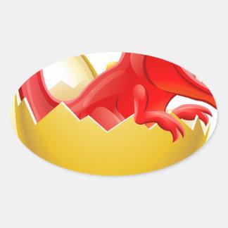 Dinossauro dos desenhos animados que choca do ovo adesivo oval