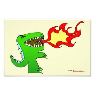 Dinossauro ou dragão por pouco t + Jessica Jimerso Fotografias