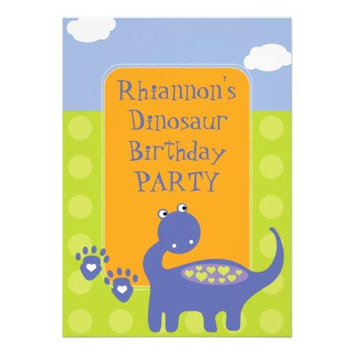 Dinossauro roxo com festa de aniversário dos ponto convites personalizado