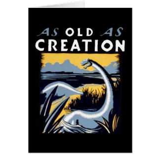 Dinossauro velho que olha o bom cartão