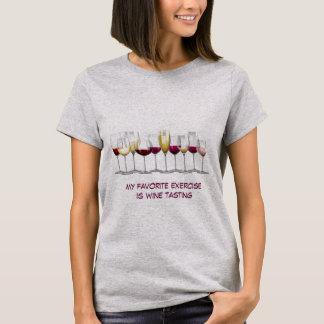 Disposição de vidros de vinho camiseta
