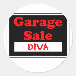 Diva da venda de garagem adesivos redondos