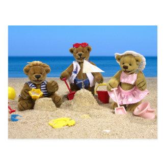 Divertimento Dinky da praia dos ursos Cartão Postal