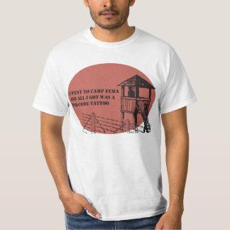 Divertimento do FEMA Camisetas