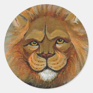 Divertimento poderoso do leão que pinta o juiz adesivo em formato redondo