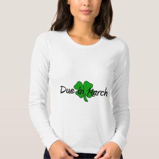 Dívida em março tshirt