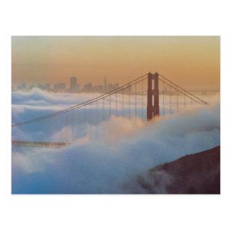 Do Golden Gate cartão do aniversário Heavenly 75th
