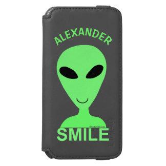 Do humor feliz do geek da alienígena LGM do