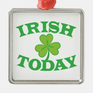 Do IRLANDÊS design do Dia de São Patrício hoje Ornamento Quadrado Cor Prata