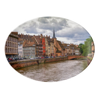Doca do Saint Nicolas em Strasbourg, France Travessa De Porcelana