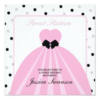 Doce formal cor-de-rosa dezesseis do vestido com convite personalizado