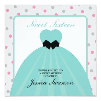 Doce formal dezesseis do vestido com bolinhas convite personalizados
