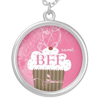 Doce para sempre BFF do cupcake dos melhores Colar Banhado A Prata