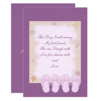 Dois chinelos cor-de-rosa que Wedding o convite