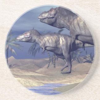 Dois dinossauros do tiranossauro porta-copos