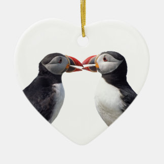 Dois papagaio-do-mar ornamento de cerâmica coração