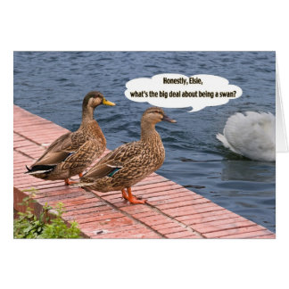 Dois patos e um cartão da cauda da cisne
