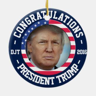 Donald ganhou a eleição! Ornamento da celebração
