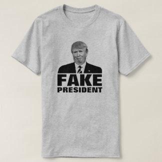 "Donald Trump ""PRESIDENTE FALSIFICADO "" Camiseta"
