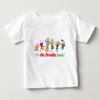 Doodles a família camiseta para bebê