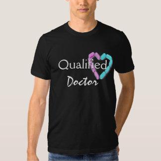 Doutor qualificado no preto mim camisetas