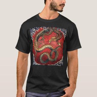 Dragão de Hokusai no t-shirt preto Camiseta